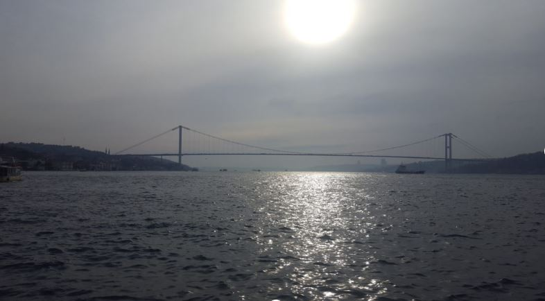 Best time to visit Istanbul- Bridge