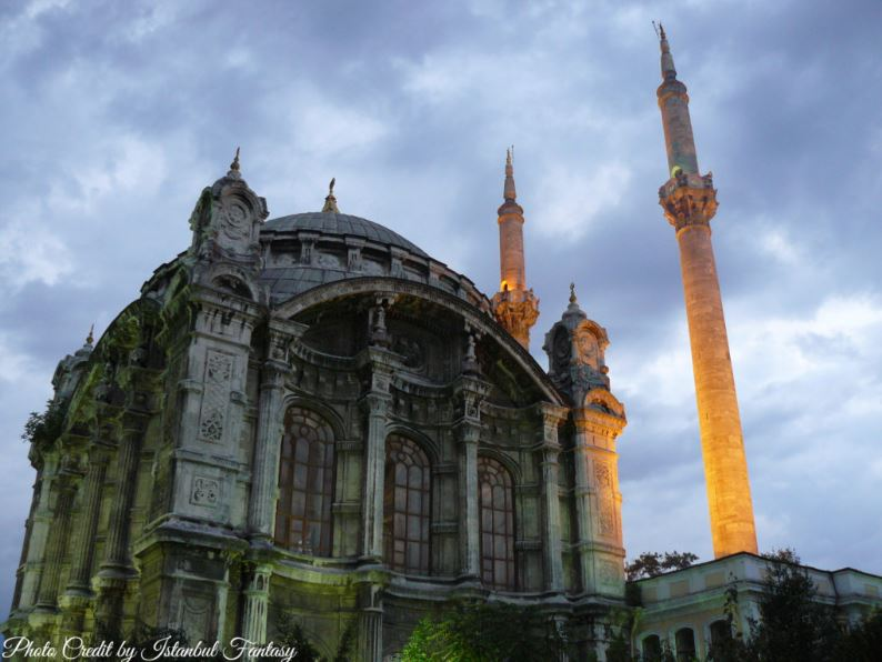 Best time to visit Istanbul- Ortakoy Mosque